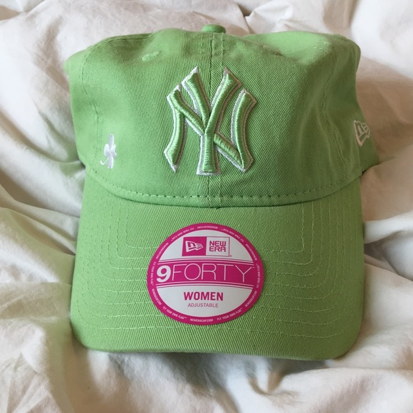 79cd064a9ff04 St. Patrick s Day New York Yankees baseball hat. M 5b413247194dad32a8304274